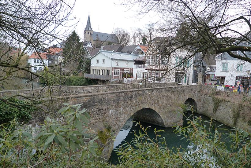 Blick auf die Mühlengrabenbrücke