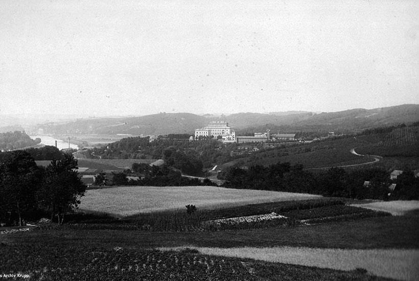 4-1: Villa Hügel vom Baldeneyer Berg aus um 1883