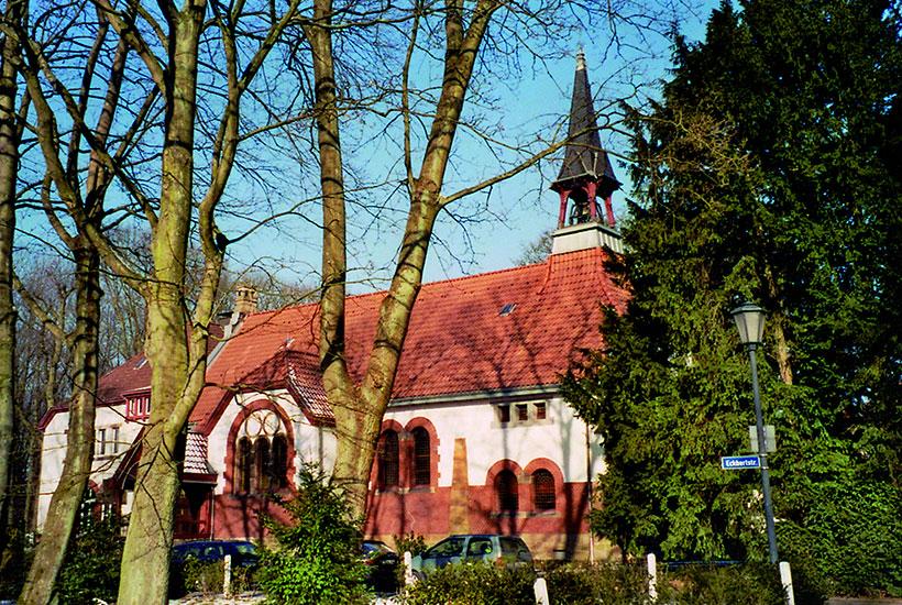 Außenansicht der Kirche Am Brandenbusch