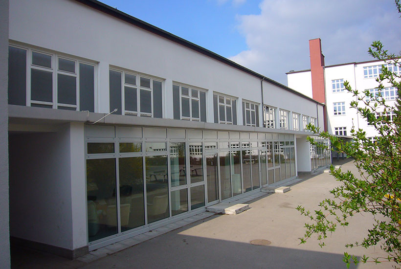 22-5: Grashof Gymnasium – Neue Pausenhalle 2012