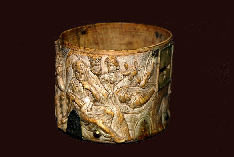 Elfenbeinpyxis, 8. Jahrhundert