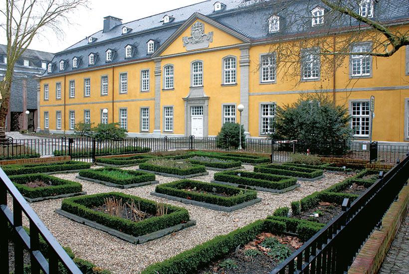 Garten nach Plänen von Abt Walahfrid Strabo