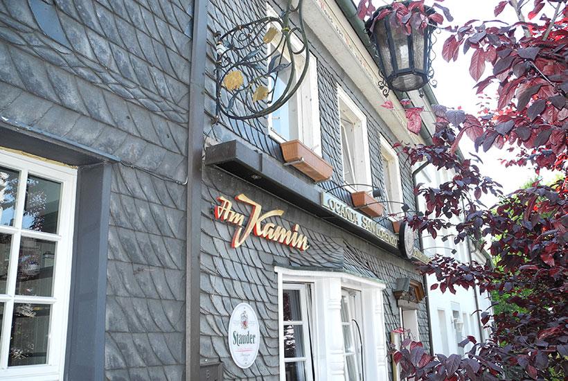 """Restaurant """"Am Kamin"""", Leinwebermarkt"""